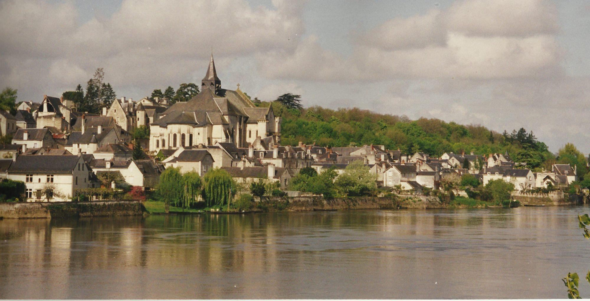 Candes-Saint-Martin, au confluent de la Vienne et de la Loire